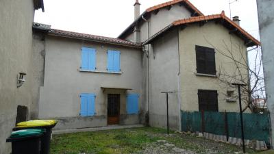 Maison Chappes &bull; <span class='offer-area-number'>228</span> m² environ &bull; <span class='offer-rooms-number'>9</span> pièces