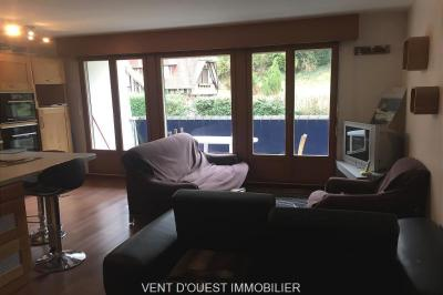 Appartement Etretat &bull; <span class='offer-area-number'>49</span> m² environ &bull; <span class='offer-rooms-number'>2</span> pièces