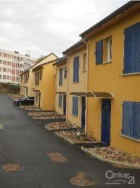 Appartement Montlucon &bull; <span class='offer-area-number'>38</span> m² environ &bull; <span class='offer-rooms-number'>2</span> pièces