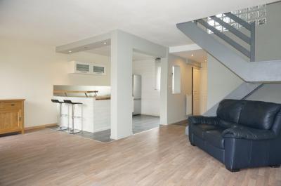 Maison Cormelles le Royal &bull; <span class='offer-area-number'>83</span> m² environ &bull; <span class='offer-rooms-number'>4</span> pièces