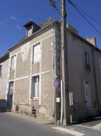 Maison Reuilly &bull; <span class='offer-area-number'>70</span> m² environ &bull; <span class='offer-rooms-number'>4</span> pièces