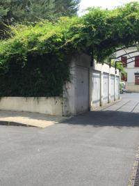 Parking St Michel sur Orge &bull; <span class='offer-area-number'>15</span> m² environ