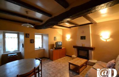 Maison Pontrieux &bull; <span class='offer-area-number'>82</span> m² environ &bull; <span class='offer-rooms-number'>4</span> pièces