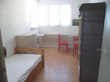 Appartement Roanne &bull; <span class='offer-area-number'>10</span> m² environ