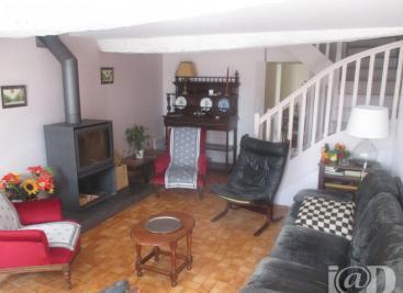 Maison St Jouan de l Isle &bull; <span class='offer-area-number'>120</span> m² environ &bull; <span class='offer-rooms-number'>5</span> pièces