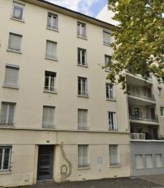 Appartement Lyon 08 &bull; <span class='offer-area-number'>33</span> m² environ &bull; <span class='offer-rooms-number'>1</span> pièce