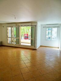 Appartement Montrouge &bull; <span class='offer-area-number'>75</span> m² environ &bull; <span class='offer-rooms-number'>3</span> pièces