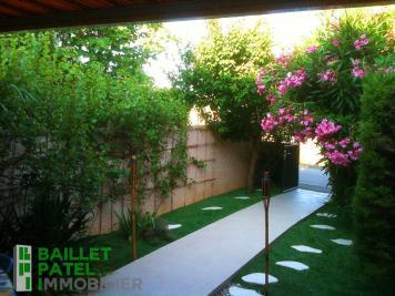 Maison La Franqui &bull; <span class='offer-area-number'>25</span> m² environ &bull; <span class='offer-rooms-number'>2</span> pièces