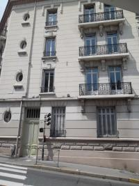 Appartement St Etienne &bull; <span class='offer-area-number'>41</span> m² environ &bull; <span class='offer-rooms-number'>2</span> pièces