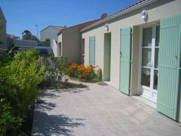 Maison Port des Barques &bull; <span class='offer-area-number'>76</span> m² environ &bull; <span class='offer-rooms-number'>4</span> pièces