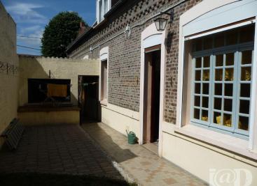 Maison Neuville sur Escaut &bull; <span class='offer-area-number'>148</span> m² environ &bull; <span class='offer-rooms-number'>4</span> pièces