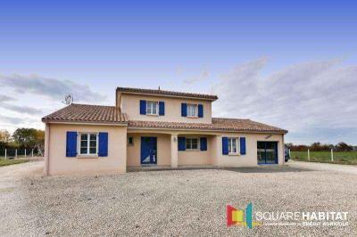 Maison Moncontour &bull; <span class='offer-area-number'>169</span> m² environ &bull; <span class='offer-rooms-number'>5</span> pièces