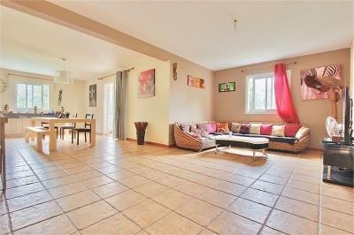 Maison La Riviere &bull; <span class='offer-area-number'>148</span> m² environ &bull; <span class='offer-rooms-number'>6</span> pièces