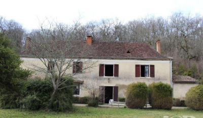 Maison Lembras &bull; <span class='offer-area-number'>280</span> m² environ &bull; <span class='offer-rooms-number'>8</span> pièces