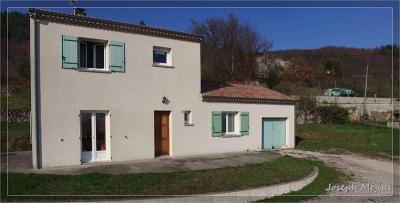 Maison Vernoux en Vivarais &bull; <span class='offer-area-number'>104</span> m² environ &bull; <span class='offer-rooms-number'>5</span> pièces
