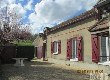 Maison Villeneuve sur Yonne &bull; <span class='offer-area-number'>65</span> m² environ &bull; <span class='offer-rooms-number'>3</span> pièces