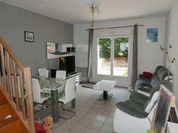 Appartement St Felix &bull; <span class='offer-area-number'>72</span> m² environ &bull; <span class='offer-rooms-number'>3</span> pièces