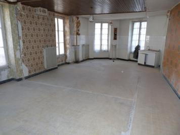 Appartement Aubenas &bull; <span class='offer-area-number'>46</span> m² environ &bull; <span class='offer-rooms-number'>1</span> pièce
