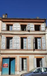 Maison Castelsarrasin &bull; <span class='offer-area-number'>180</span> m² environ &bull; <span class='offer-rooms-number'>4</span> pièces