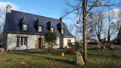 Maison Pleumeur Bodou &bull; <span class='offer-area-number'>130</span> m² environ &bull; <span class='offer-rooms-number'>7</span> pièces