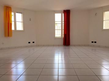 Appartement Noisy le Grand &bull; <span class='offer-area-number'>60</span> m² environ &bull; <span class='offer-rooms-number'>3</span> pièces