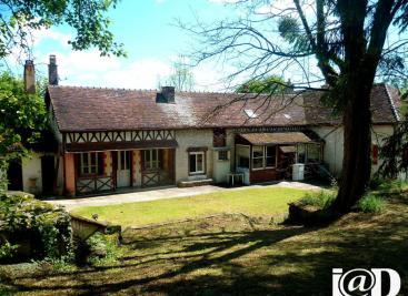 Maison Dolancourt &bull; <span class='offer-area-number'>150</span> m² environ &bull; <span class='offer-rooms-number'>7</span> pièces