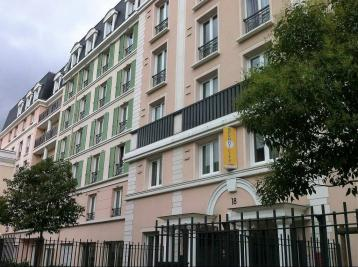 Appartement St Maurice &bull; <span class='offer-area-number'>20</span> m² environ &bull; <span class='offer-rooms-number'>1</span> pièce
