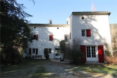 Maison Anduze &bull; <span class='offer-area-number'>335</span> m² environ &bull; <span class='offer-rooms-number'>18</span> pièces