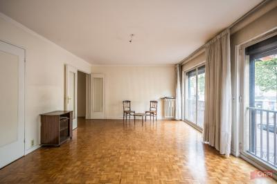 Appartement La Garenne Colombes &bull; <span class='offer-area-number'>75</span> m² environ &bull; <span class='offer-rooms-number'>3</span> pièces