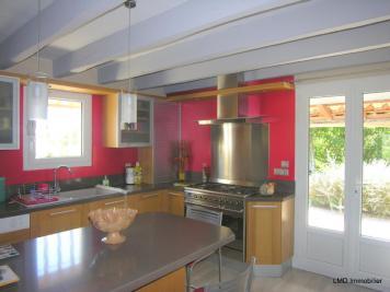 Maison Villeneuve de Berg &bull; <span class='offer-area-number'>153</span> m² environ &bull; <span class='offer-rooms-number'>6</span> pièces