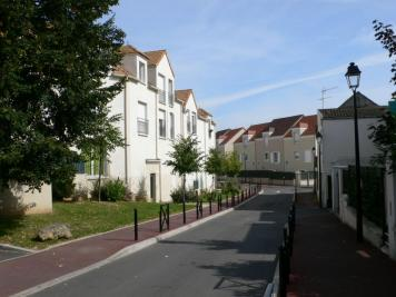 Appartement Garges les Gonesse &bull; <span class='offer-area-number'>45</span> m² environ &bull; <span class='offer-rooms-number'>2</span> pièces