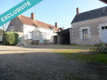 Maison Civray de Touraine &bull; <span class='offer-area-number'>600</span> m² environ &bull; <span class='offer-rooms-number'>15</span> pièces