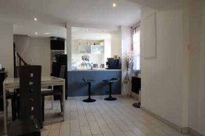Maison Bretigny sur Orge &bull; <span class='offer-area-number'>90</span> m² environ