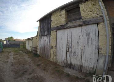 Maison La Ronde &bull; <span class='offer-area-number'>66</span> m² environ &bull; <span class='offer-rooms-number'>2</span> pièces
