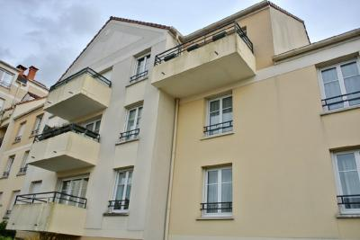 Appartement Villeparisis &bull; <span class='offer-area-number'>71</span> m² environ &bull; <span class='offer-rooms-number'>4</span> pièces