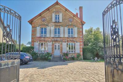 Maison Villennes sur Seine &bull; <span class='offer-area-number'>184</span> m² environ &bull; <span class='offer-rooms-number'>8</span> pièces