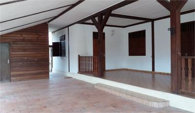 Maison Matoury &bull; <span class='offer-area-number'>157</span> m² environ &bull; <span class='offer-rooms-number'>6</span> pièces