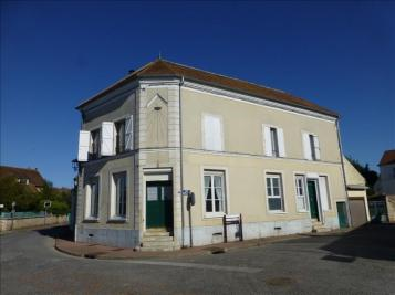 Maison Nandy &bull; <span class='offer-area-number'>180</span> m² environ &bull; <span class='offer-rooms-number'>7</span> pièces