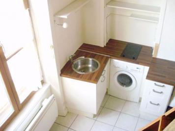 Appartement Lyon 06 &bull; <span class='offer-area-number'>25</span> m² environ &bull; <span class='offer-rooms-number'>1</span> pièce