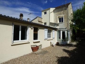Maison Auvers sur Oise &bull; <span class='offer-area-number'>134</span> m² environ &bull; <span class='offer-rooms-number'>6</span> pièces
