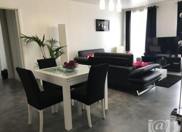 Appartement Lizy sur Ourcq &bull; <span class='offer-area-number'>75</span> m² environ &bull; <span class='offer-rooms-number'>3</span> pièces
