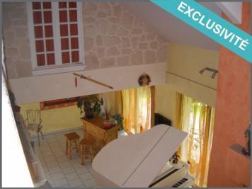 Maison Uzerche &bull; <span class='offer-area-number'>228</span> m² environ &bull; <span class='offer-rooms-number'>7</span> pièces