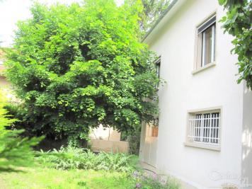 Maison St Martin le Vinoux &bull; <span class='offer-area-number'>130</span> m² environ &bull; <span class='offer-rooms-number'>6</span> pièces