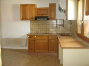 Appartement Senas &bull; <span class='offer-area-number'>47</span> m² environ &bull; <span class='offer-rooms-number'>2</span> pièces