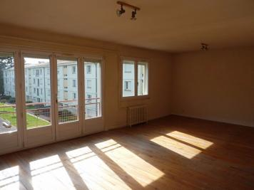Appartement St Astier &bull; <span class='offer-area-number'>74</span> m² environ &bull; <span class='offer-rooms-number'>3</span> pièces
