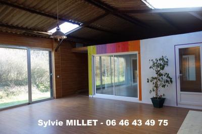 Maison La Regrippiere &bull; <span class='offer-area-number'>147</span> m² environ &bull; <span class='offer-rooms-number'>4</span> pièces