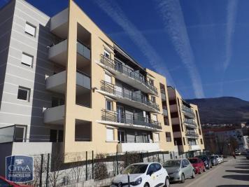 Appartement Bellegarde sur Valserine &bull; <span class='offer-area-number'>55</span> m² environ &bull; <span class='offer-rooms-number'>3</span> pièces