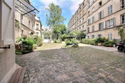 Appartement Paris 19 &bull; <span class='offer-area-number'>81</span> m² environ &bull; <span class='offer-rooms-number'>3</span> pièces