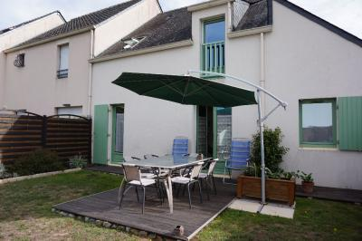 Maison Batz sur Mer &bull; <span class='offer-area-number'>95</span> m² environ