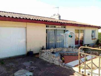 Maison Celles sur Belle &bull; <span class='offer-area-number'>121</span> m² environ &bull; <span class='offer-rooms-number'>5</span> pièces
